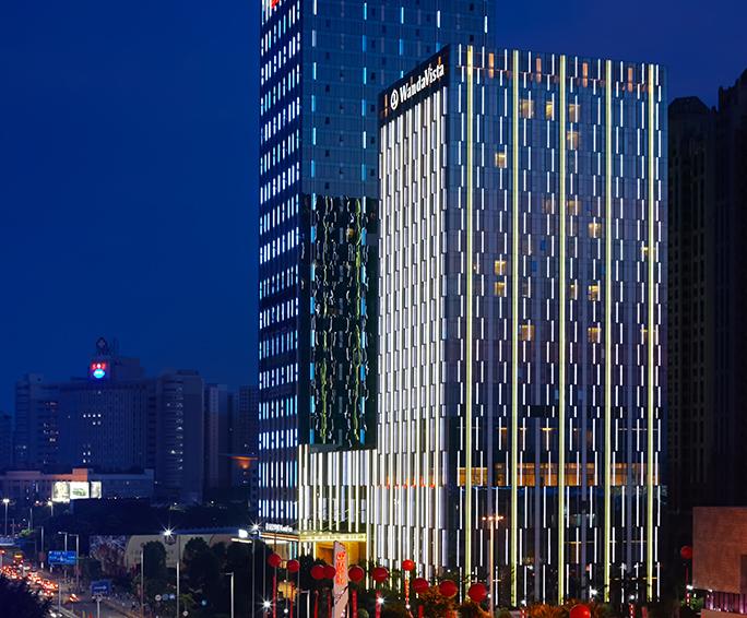 东莞东城万达广场城市综合体照明工程案例